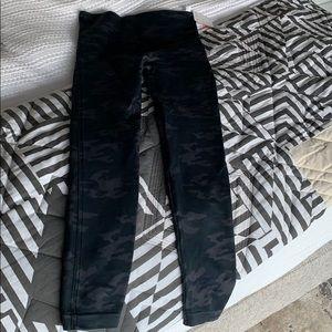 Brand new camo spanx pants